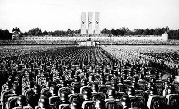 Triumph des Willens - Leni Riefenstahl