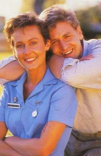 Geoff & Kate Flying Doctors2