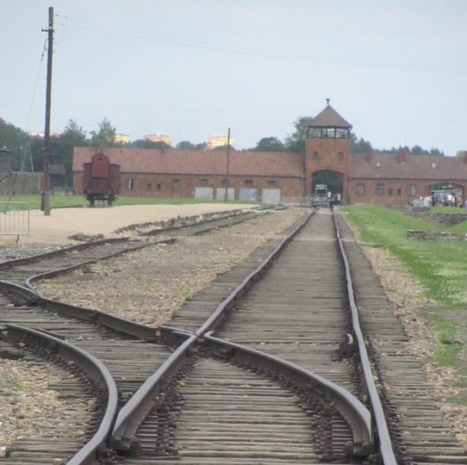 2016-0803 Auschwitz-Birkenau (4)