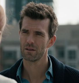shoot-the-messenger-lucas-bryant-6
