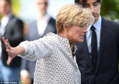 Emma Thompson Cannes 2017-16