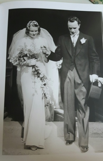 Ingrid Bergman 05 - wedding