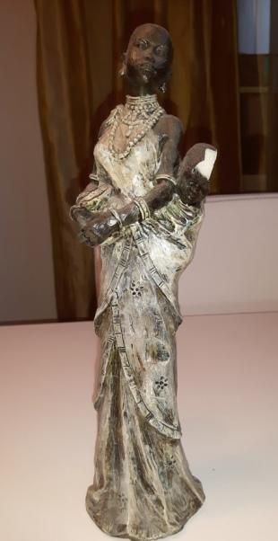 Statues2