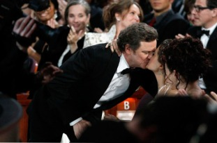 Colin & Livia Firth Oscar kiss (3)