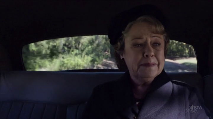 APTCH Elizabeth says goodbye (1)