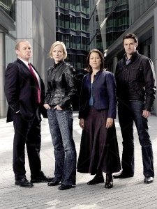 spooks_2009_peter_firth_hermione_norris_nicola_walker_richard_armitage_10574c