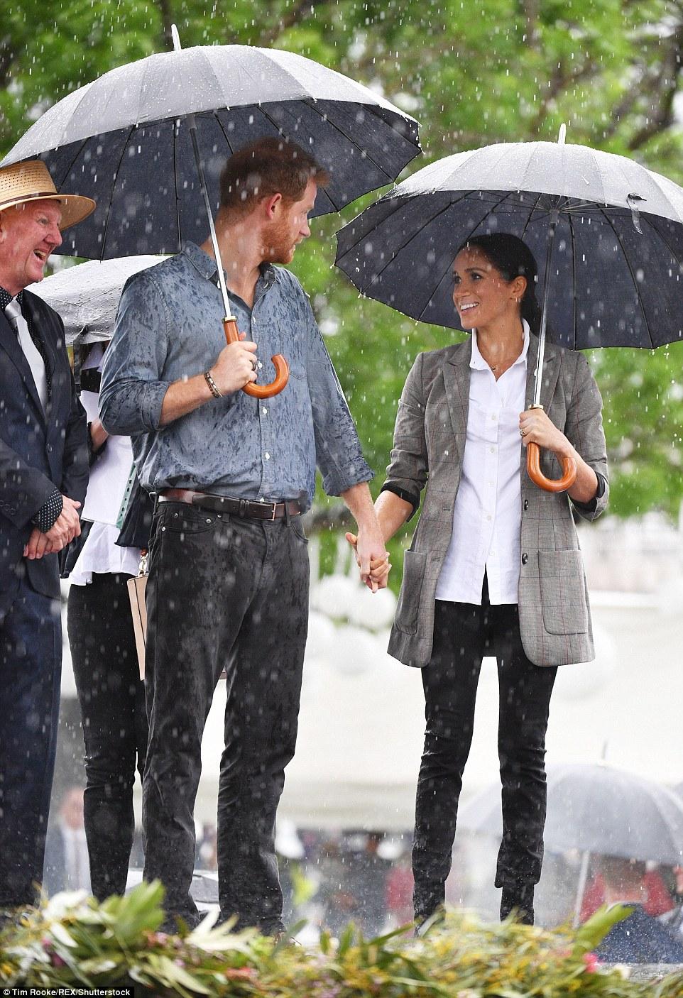 HM umbrella 01