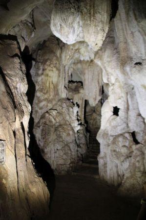 01 Pileta cave (3)